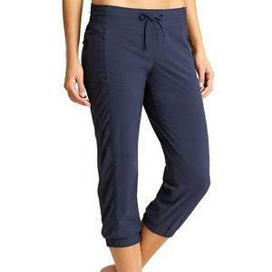 Athleta La Viva navy crops